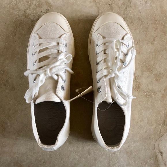Muji Shoes   Muji Classic White Sneaker